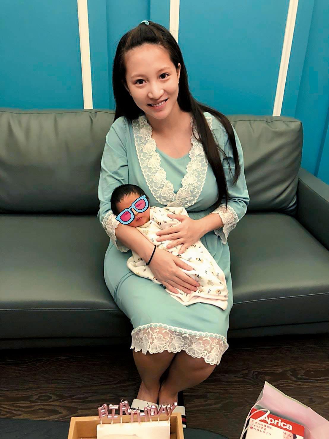 林采緹今年七月產下兒子,並入住高檔月子中心。(翻攝自林采緹粉專)