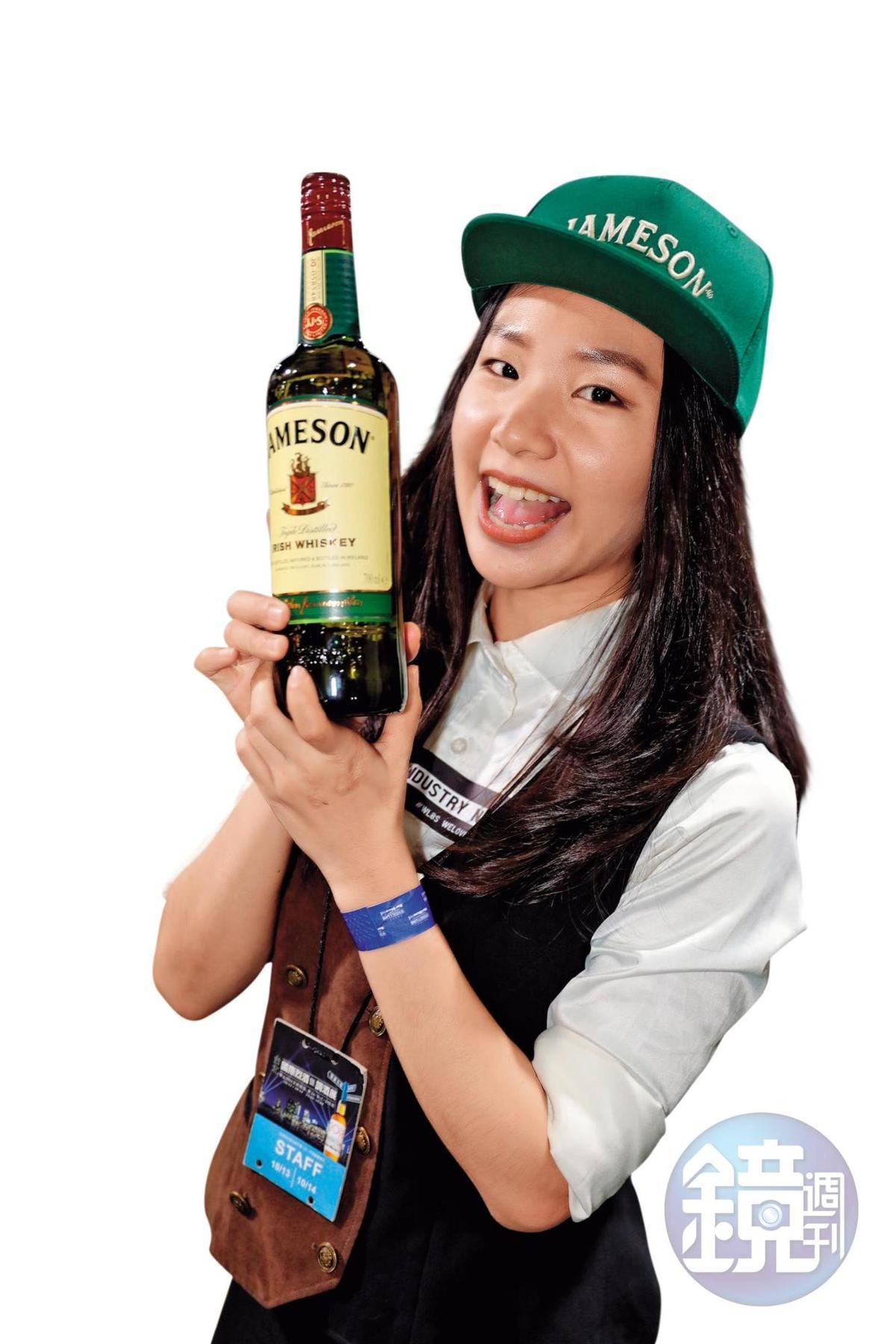 難得參展的愛爾蘭知名威士忌Jameson,就連女神卡卡都愛喝。還找來有「小隋棠」稱號、並在digout上班的Chili Lai站台,徹底綻放無敵青春。