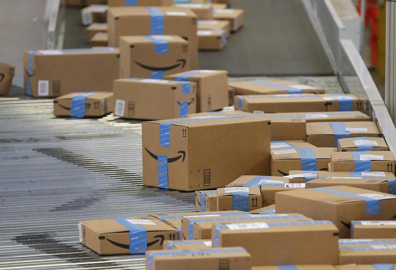 亞馬遜拋出免運費送貨的促銷活動,與其他大型零售商的競爭將更白熱化。(東方IC)