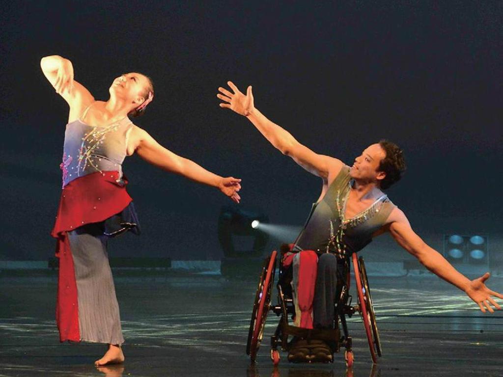 徐婉琪在先生鼓勵下接觸舞蹈,更舞出自己的一片天。(翻攝停泊棧期刊)