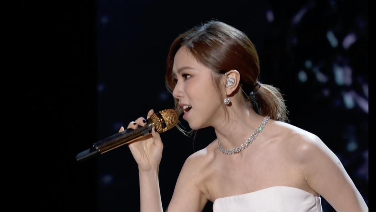 鄧紫棋在NASA上的表演歌曲是自行創作的中文歌。 (蜂鳥音樂提供)