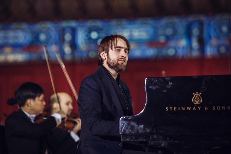 古典唱片品牌Deutsche Grammophon旗下鋼琴家丹尼爾特里福諾夫將首度訪台演出。(牛耳藝術提供)