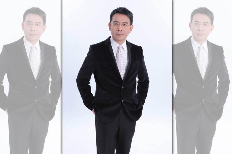 以主持東森新聞台談話性節目《關鍵時刻》而聞名的媒體人劉寶傑。(翻攝自臉書)