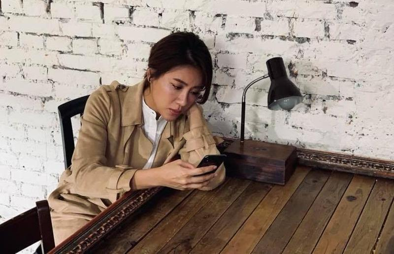 小禎昨(6日)爆出和壁紙小開丁春誠的哥哥丁春霆交往中,她在臉書上發文反駁,意外透露出現在的感情狀態。(翻攝自小禎臉書)