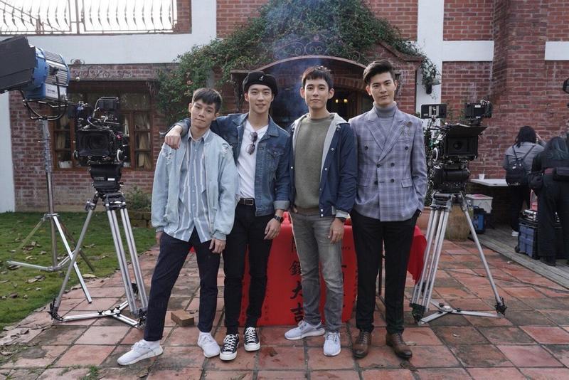 《圈套》將有兩對高顏質、好身材的雙CP,分別由徐鈞浩、吳承洋、卞慶華、陳廷軒領銜主演。(CHOCO TV提供)