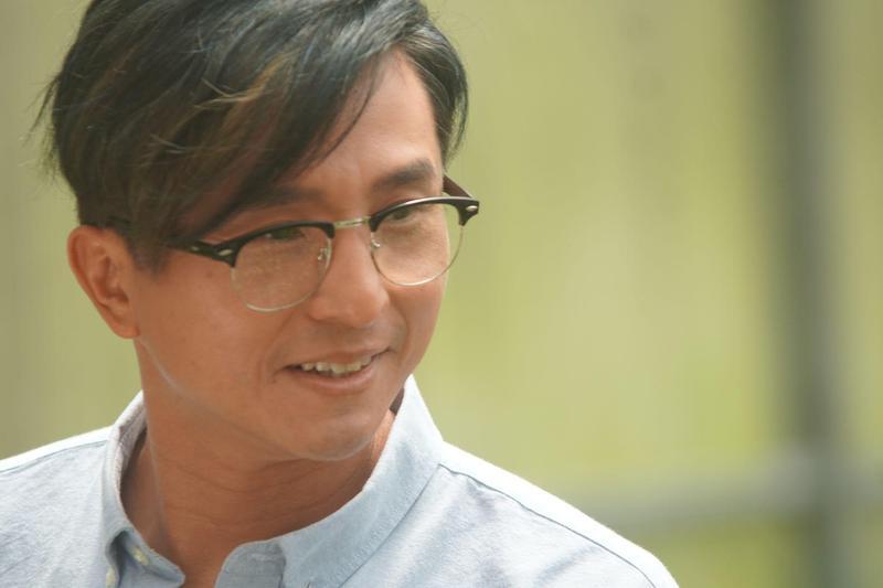 王少偉在《永生花》拍攝遇到山難的戲,因拍攝當天氣溫相當高,對體力是一大挑戰。(公視提供)