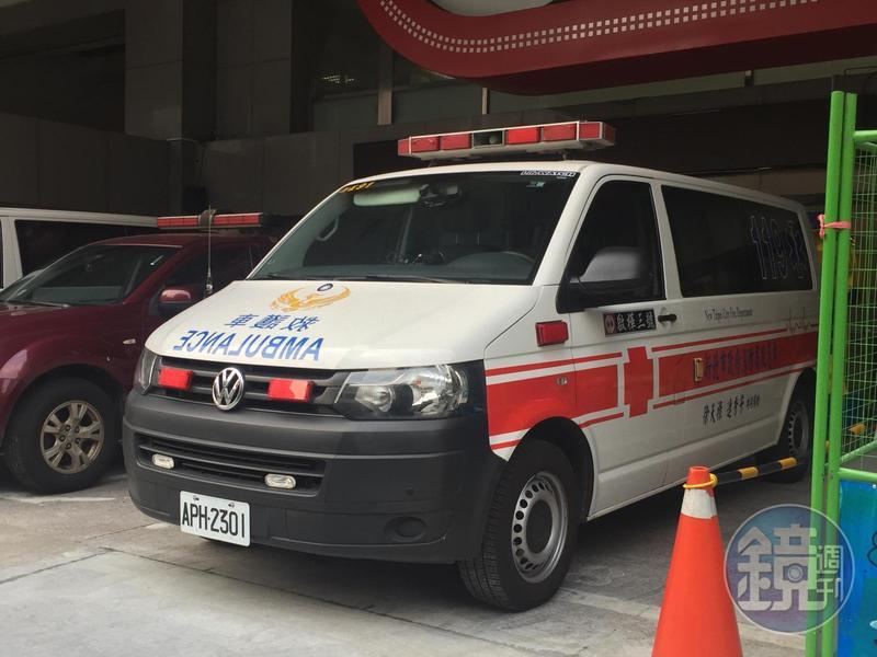 救護車深夜救護分秒必爭,卻被投訴警鳴器擾民。