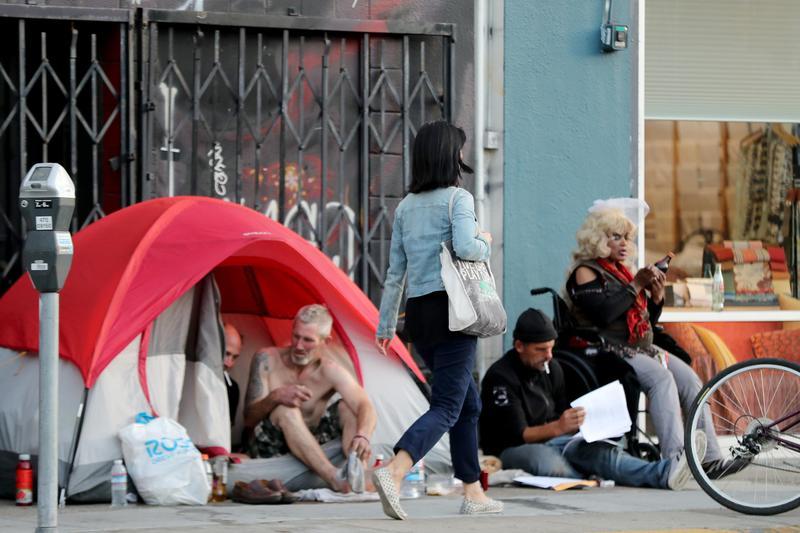 舊金山通過提案,對企業加徵0.5%稅收用於扶持無家可歸者。(東方IC)