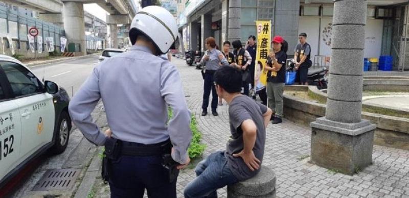 警方迅速逮捕傷人的王姓男子。(警方提供)