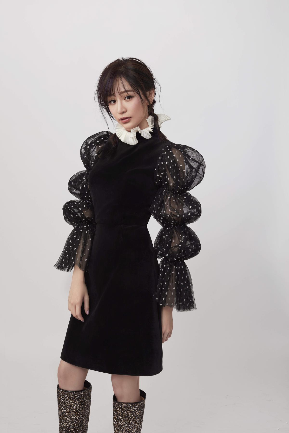 王心凌在IG放上呵欠照,為新專輯暖身。(環球提供)