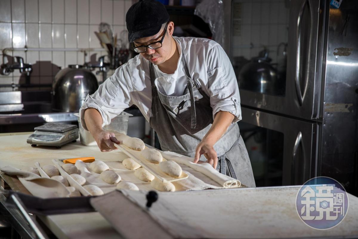 大熊曾在多家知名麵包店工作,歐式麵包手藝精湛。