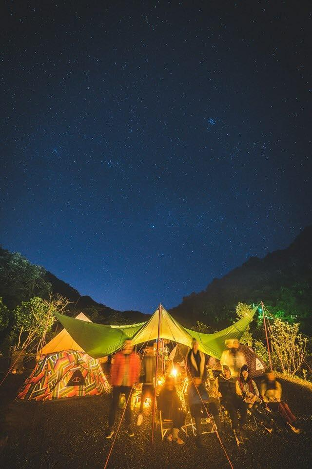 Wind私下喜愛Glamping,也主理雷沙達岜斯露營區露營區。(圖/黃一峯提供)。