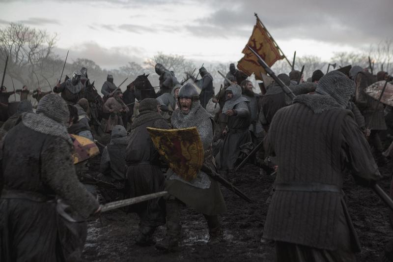 克里斯潘恩主演《不法國王》,敘述蘇格蘭勇士勞勃布魯斯在登基成為國王後,遭到英格蘭的打壓,進而反擊。(Netflix提供)