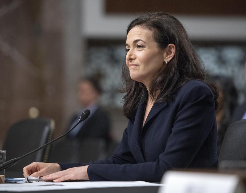 臉書二號人物桑柏格被爆聘請公關公司汙衊批評者和競爭對手。(東方IC)