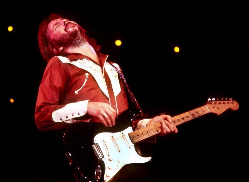 艾瑞克克萊普頓的音樂成就非凡,以出神入化的吉他技巧開創樂風,曾榮獲18座葛萊美獎。(翻面映畫 / B-side Film提供)