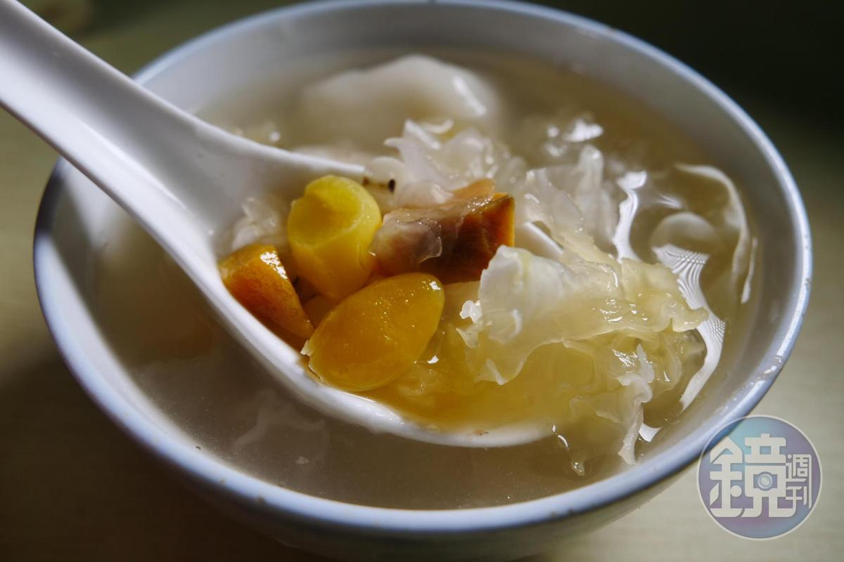 「鴨母捻」以紅豆為內餡的湯圓,軟糯的口感完食後仍津津有味。(人民幣10元/碗,約NT$45)