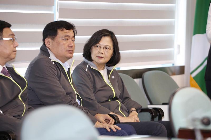 民進黨主席蔡英文出席中常會。
