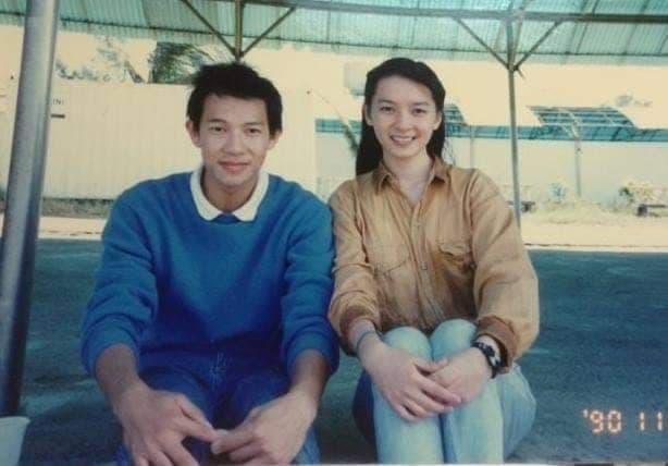 徐展元與谷懷萱在28年前就相識,如今2人修成正果,還對外宣布結婚喜訊。(翻攝自谷懷萱臉書)
