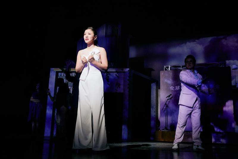 丁噹主演的音樂劇《搭錯車》前進廈門演出,吸引死忠歌迷捧場支持。 (相信音樂提供)