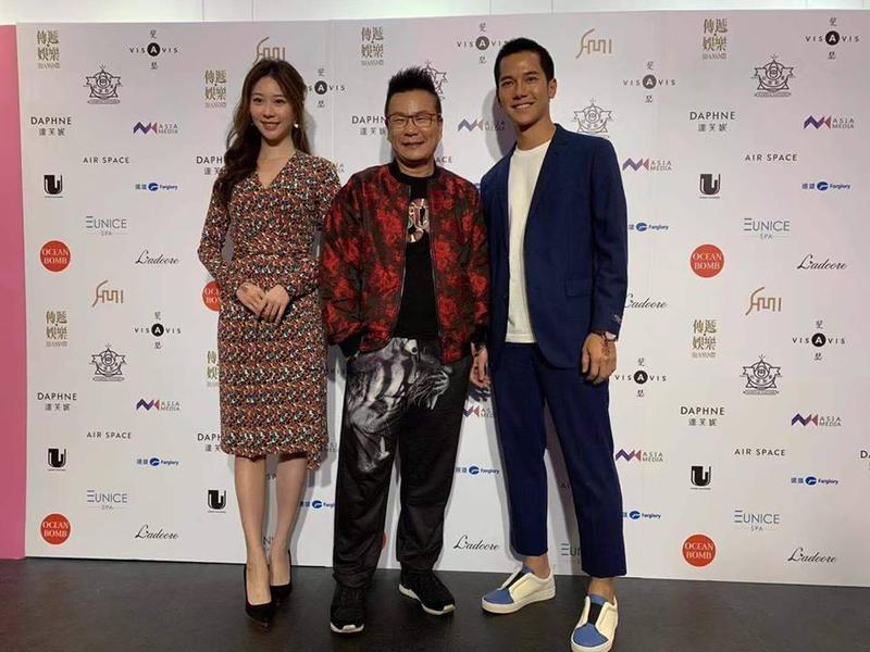 沈玉琳(中)、張景嵐(左)、梁瀚名(右)等人28日一同出席「我是亞洲天使第14屆瑞麗模特大賽台北賽區」選拔。(費司國際娛樂提供)