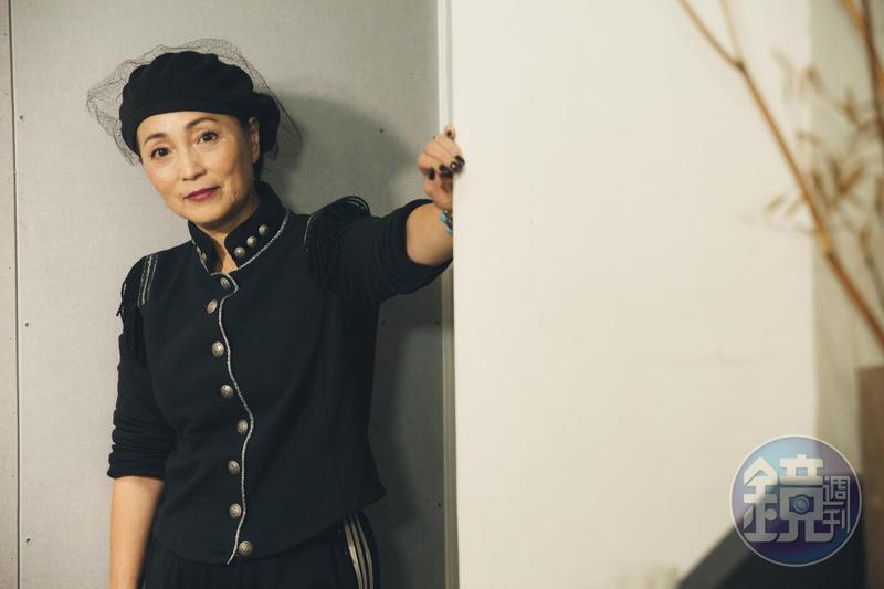 雖常在幕前扮醜,苑瓊丹一直在男人圈很受歡迎。