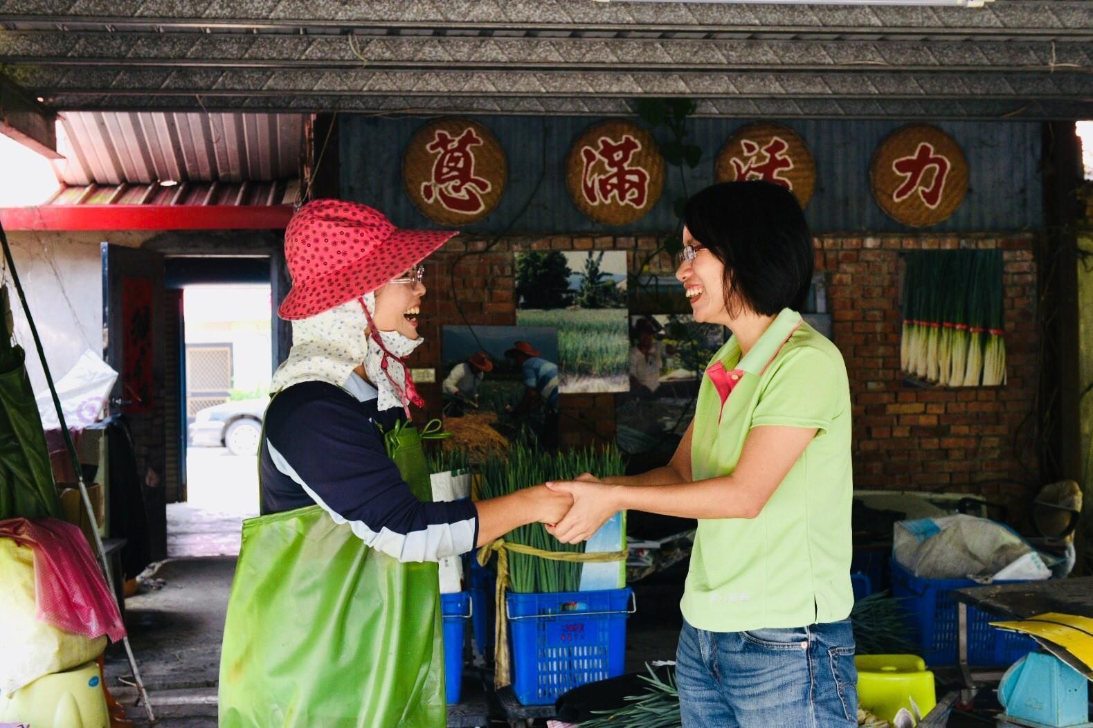 吳音寧離開北農總經理一職,將重拾作家身分。(翻攝自吳音寧臉書)
