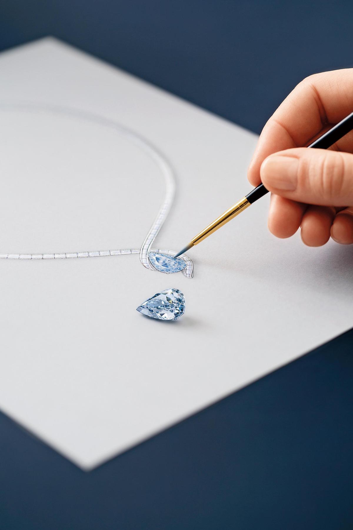 重達13.22克拉的溫斯頓之藍鑽(Winston Blue),被認為是目前克拉數最大的淨度完美無瑕豔彩藍鑽。