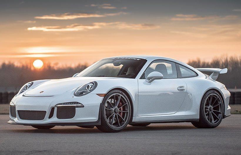 黃男喜好名車。圖為Porsche GT3,非當事車輛。(翻攝網路)