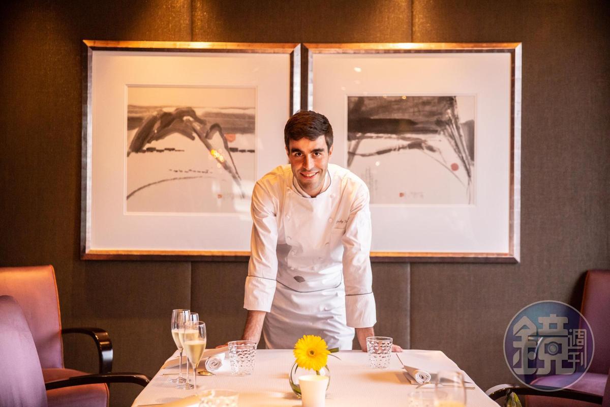 「Pierre」的新任行政主廚Jacky Tauvry,是法國名廚Pierre Gagnaire的得意門生。