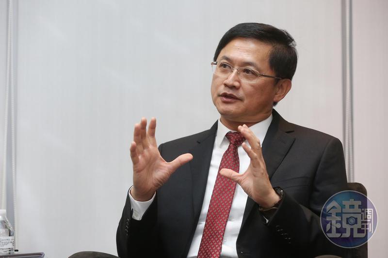 和碩董事長童子賢認為過去在中國大陸動輒30萬人規模的生產基地,未來不可能再發生。