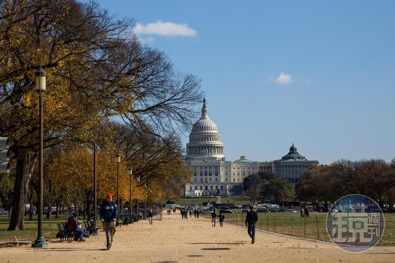 國會山莊,是華盛頓DC市區最重要的地標建築。
