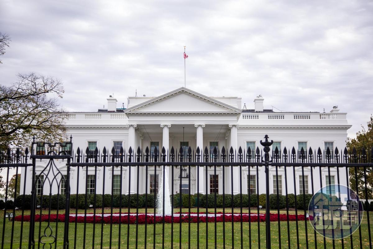白宮跟其他建築比起來,反而比較親民的感覺。