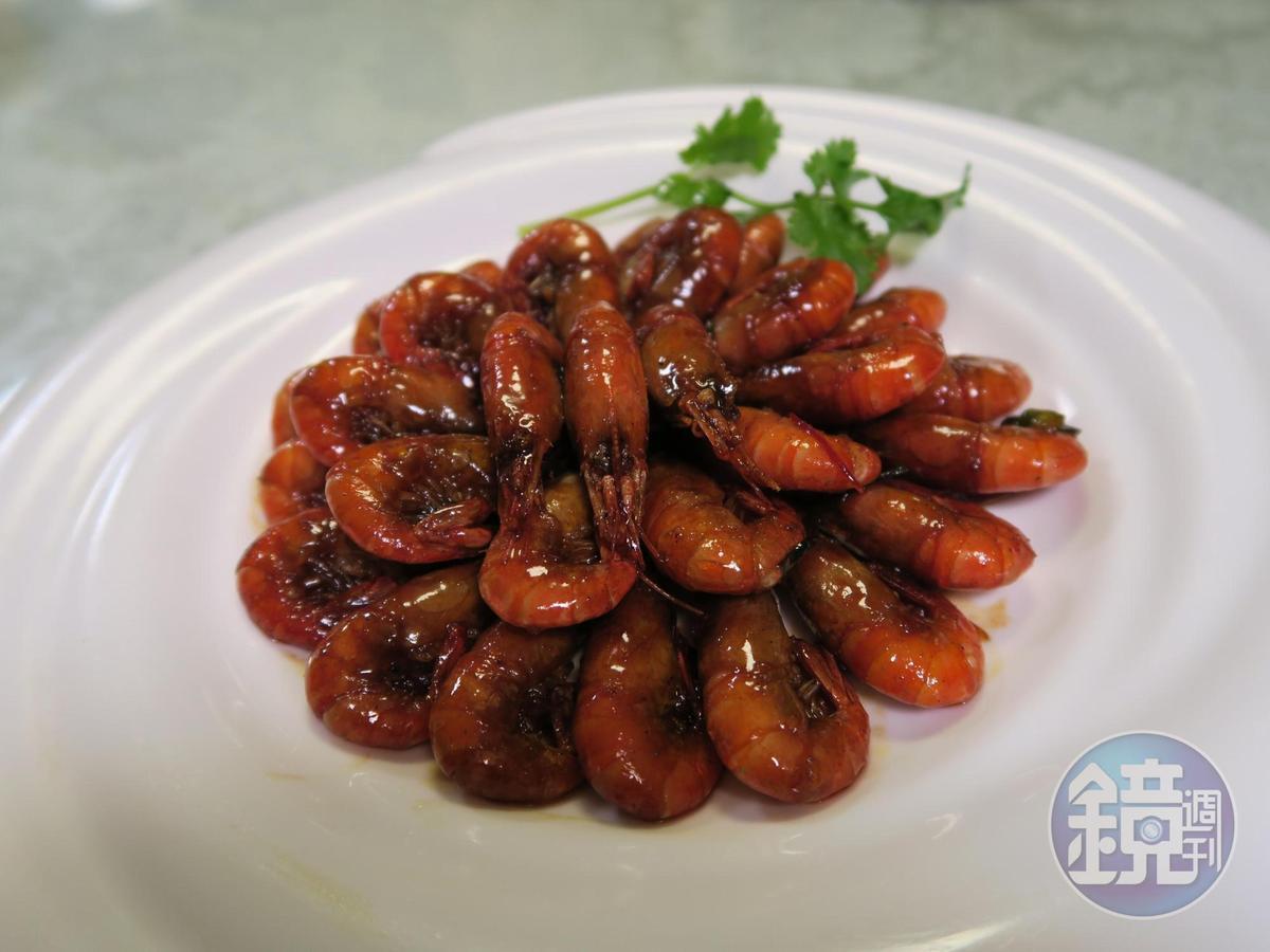 「油爆蝦」也是上海味涼菜必備的一員。