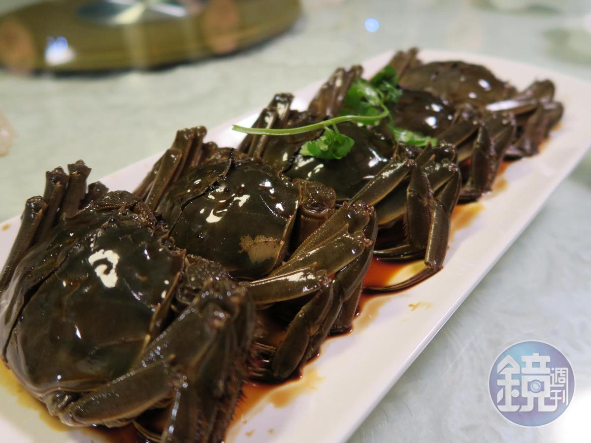 這種滋味又鹹又甘的「醬蟹」,只有在上海吃得到,而且家家配方不同。
