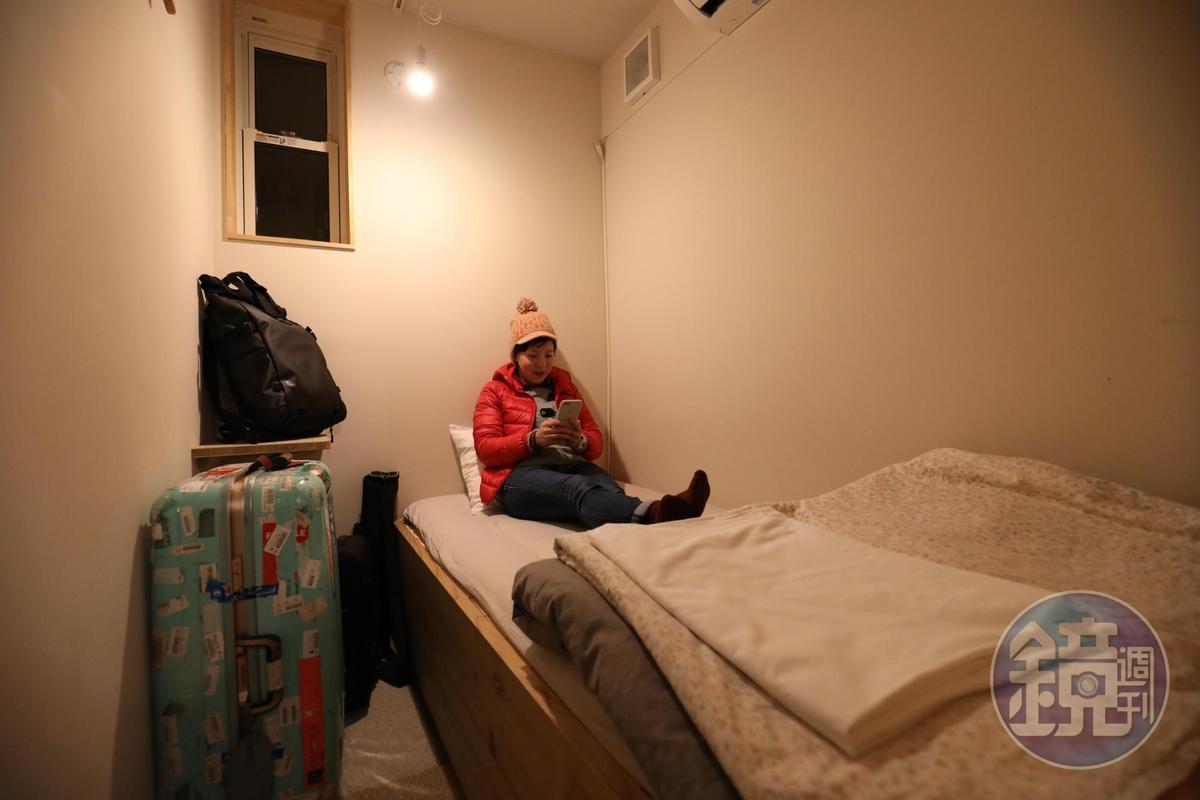 房間空間不大,乾淨簡潔,所需一切也都有。