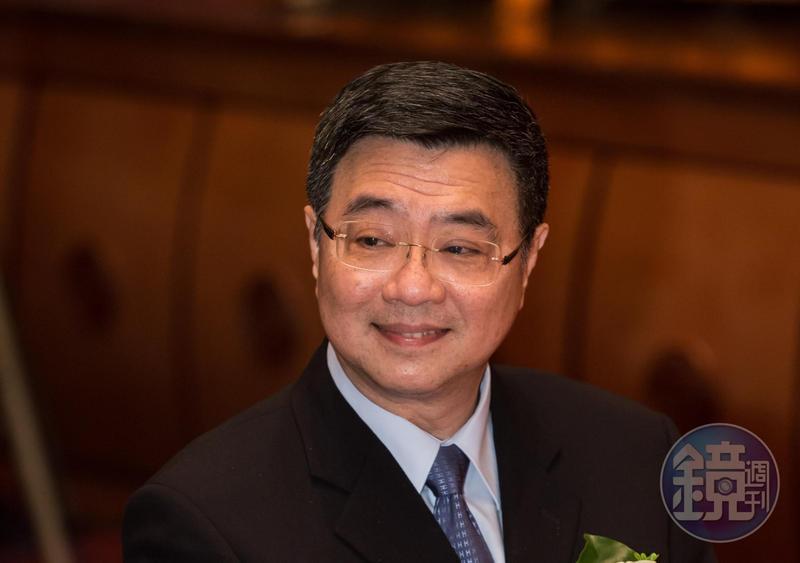 行政院秘書長卓榮泰在中執會中表示,政院會繼續檢討政策與人事,異動的將不只3部會。