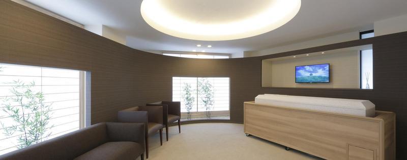 日本火葬場不足,寄棺室常態性爆滿,讓按晚計費的「亡者旅館」應運而生。(圖片取自「安置ルームやすらぎ」網頁)