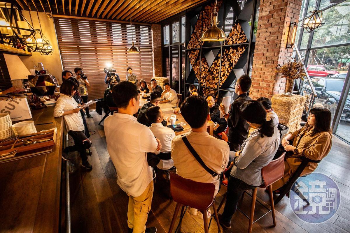 職人跨界籌備的金,多次討論聚焦如何表現南台灣精神。