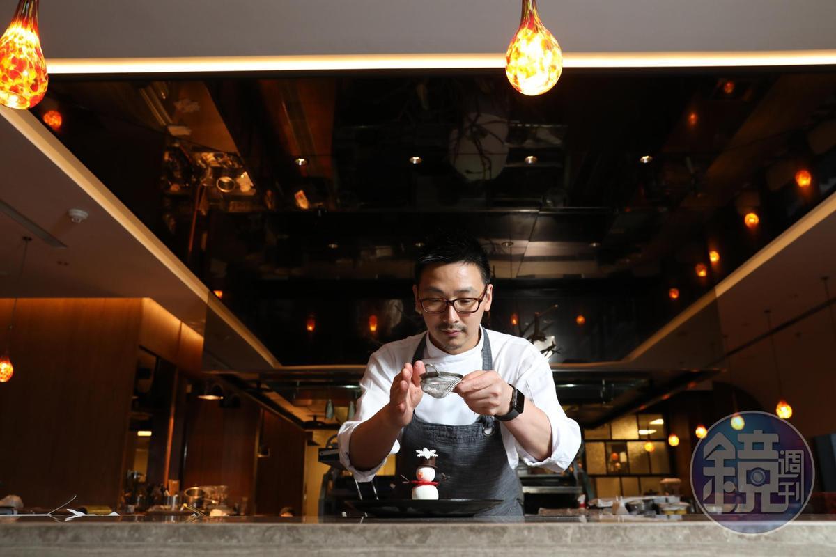 主廚翁士峻(Vincent)曾在加拿大「Le Crocodile」法餐任職,他帶回在北美地區過耶誕的料理風情回來台灣。