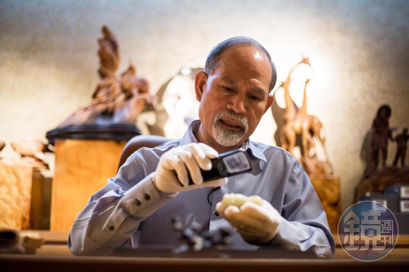 顏元博白手起家打造水產王國,現在醉心古代玉魚收藏。