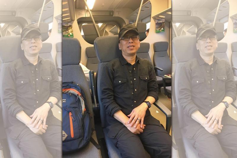 昨(9)日苦苓po文分享,他與港籍小黃司機談到台灣選舉的經過,下車後仍讓他持續思索。(翻攝自苦苓臉書)