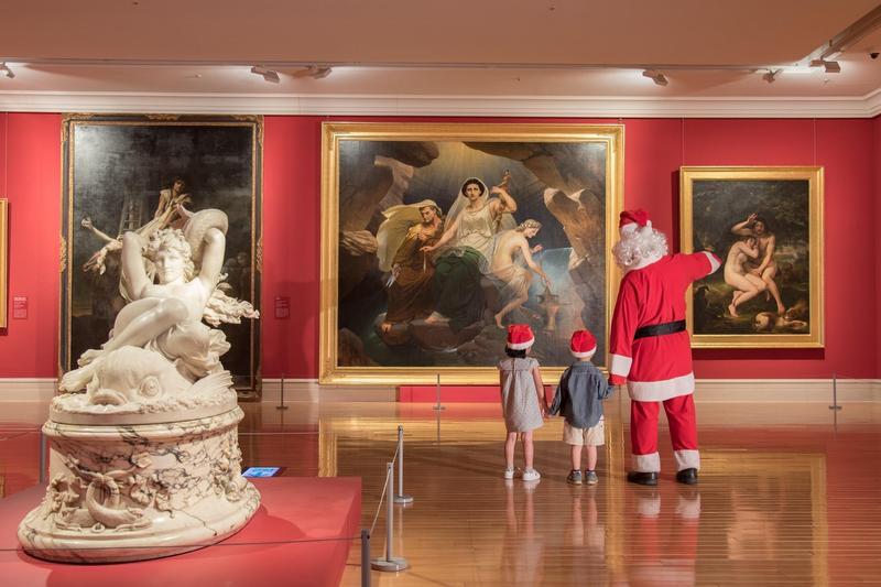 「聖誕週末」特別規劃「聖誕老公公出沒」系列活動,邀請大小朋友一起來玩。(奇美博物館提供)