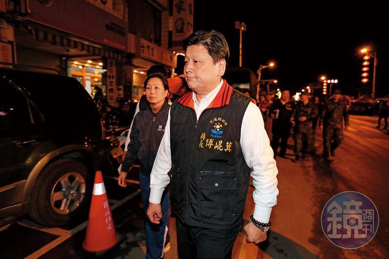 傅崐萁爆出縣長任內每月花5萬元私聘在地記者當輿情調查員。