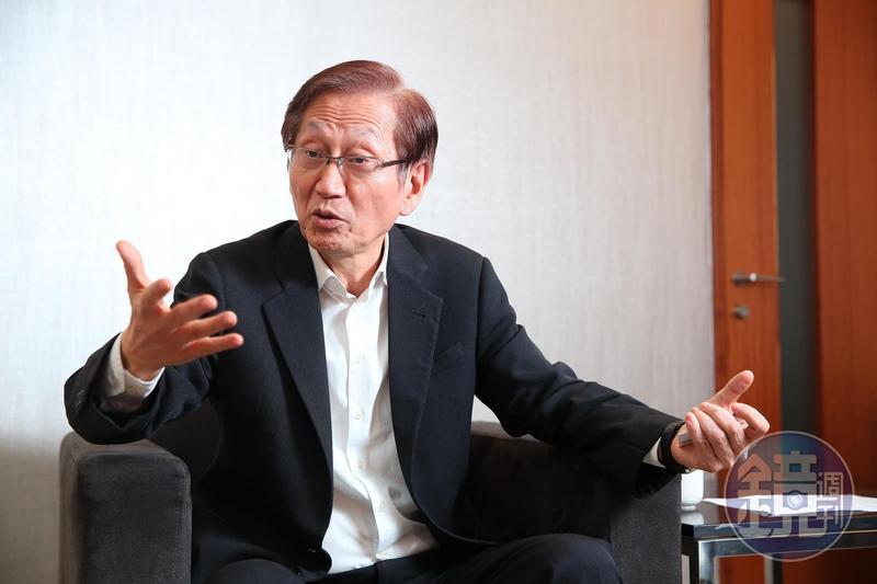 施崇棠上週五在華碩總部接受本刊專訪,矢言找回華碩的魂與本。