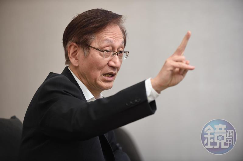 施崇棠上週五在華碩關渡總部接受本刊專訪,正面回應接班問題。