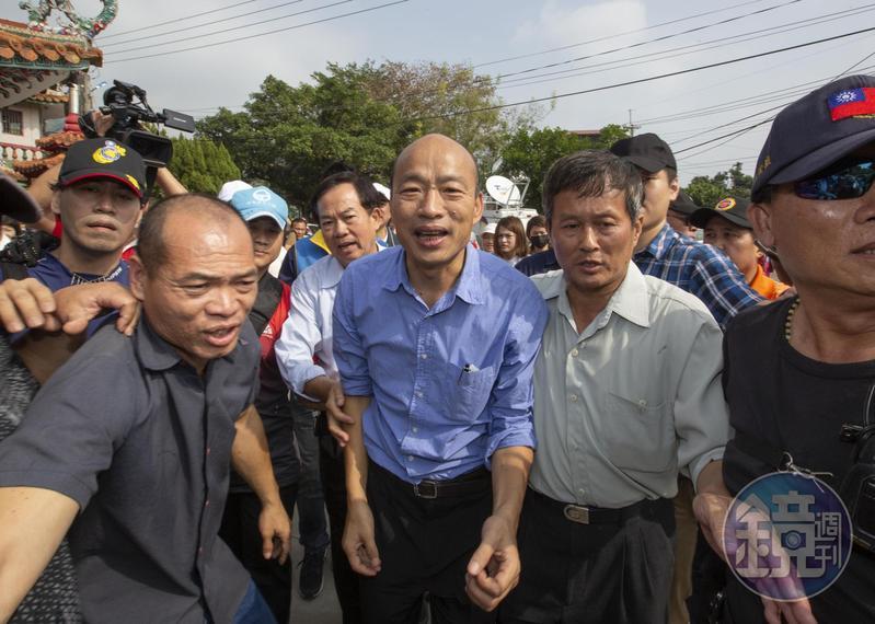 桃園市議員王浩宇po文批評,「選後沒多久,就有不少住在高雄的朋友後悔投給韓國瑜。」