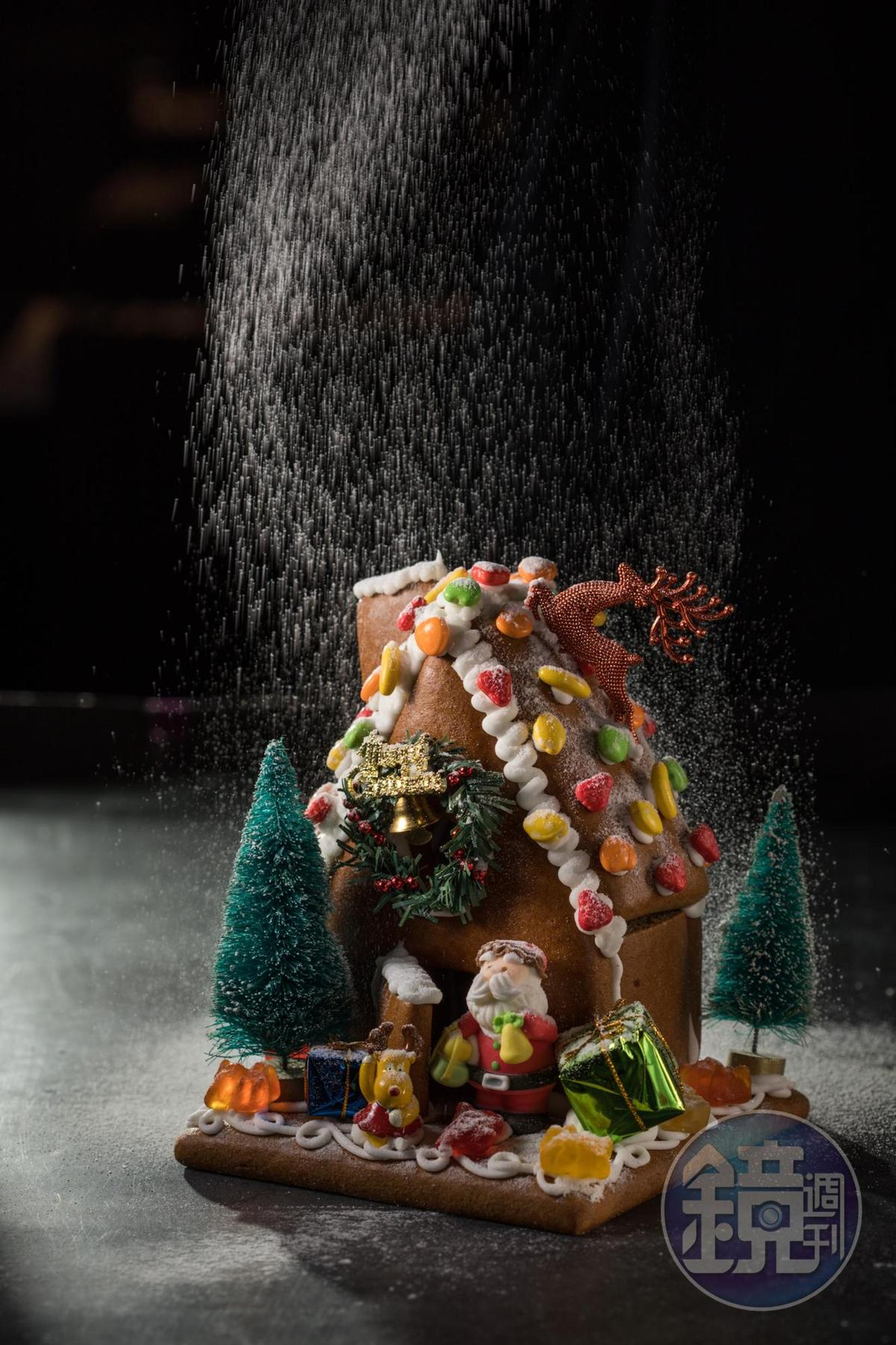 「薑餅糖果屋」除了已裝飾的現成版,也可報名到現場DIY。(500元/座)