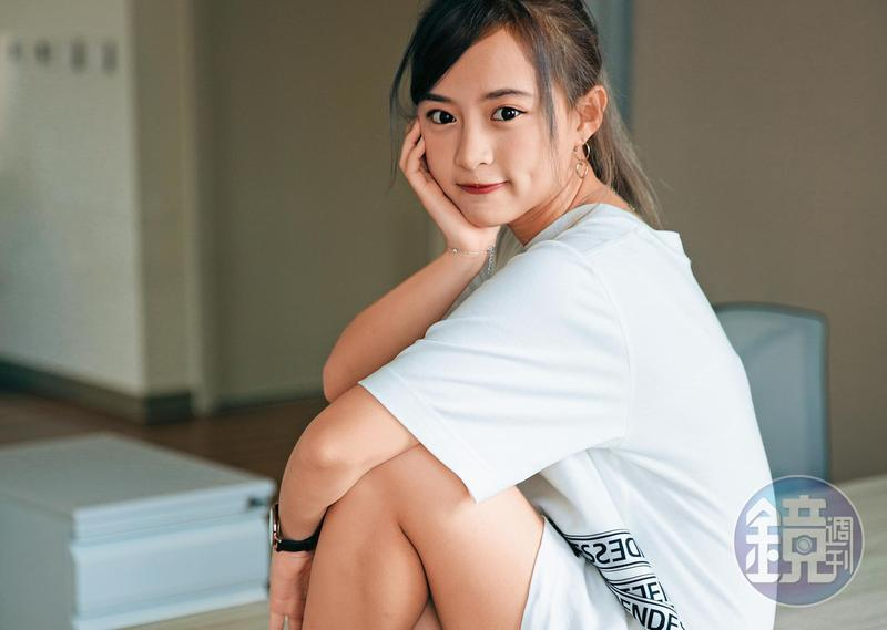 今年23歲的陳詩媛,曾入選「TPE48」成員,退團後目前是全新女團「5TEAM」一員。