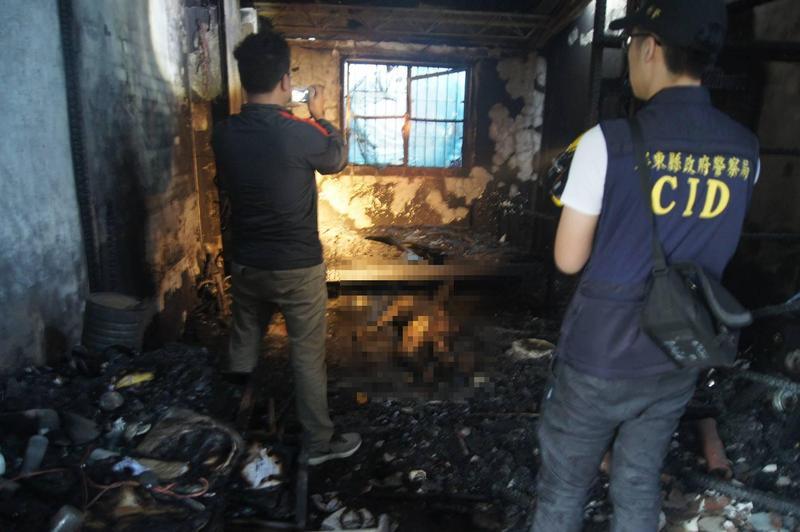 26年次的老翁睡夢中,遇到自己媳婦玩火意外遭燒死。(屏縣消防局提供)