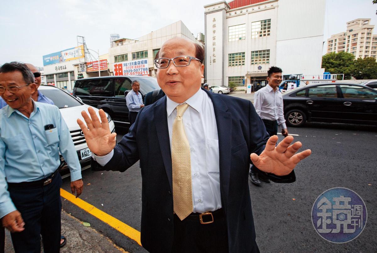 前台中市長胡志強被行政執行署鎖定追繳163萬元。